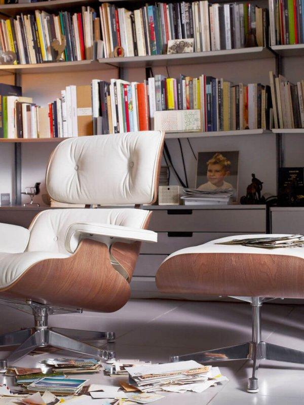 Vitra Lounge Chair im Wohnzimmer