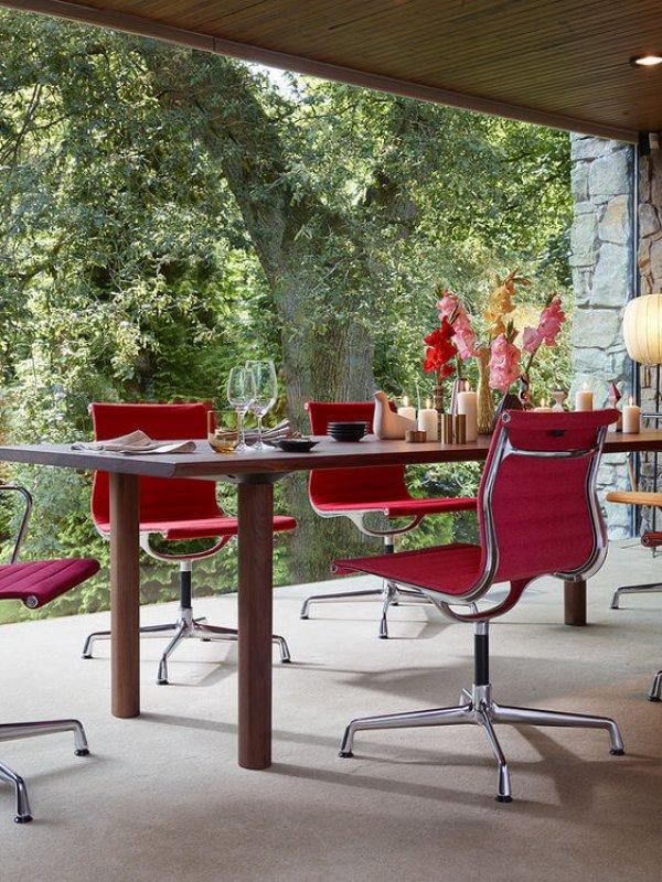 679555_Aluminium Chair EA 101, EA 103, EA 104_Wood_Table_preview